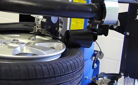 Wheel Fitting & Balancing in Keysborough