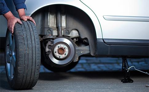 Wheel Rotation service at OZ Tyres Shop in Keysborough, Melbourne